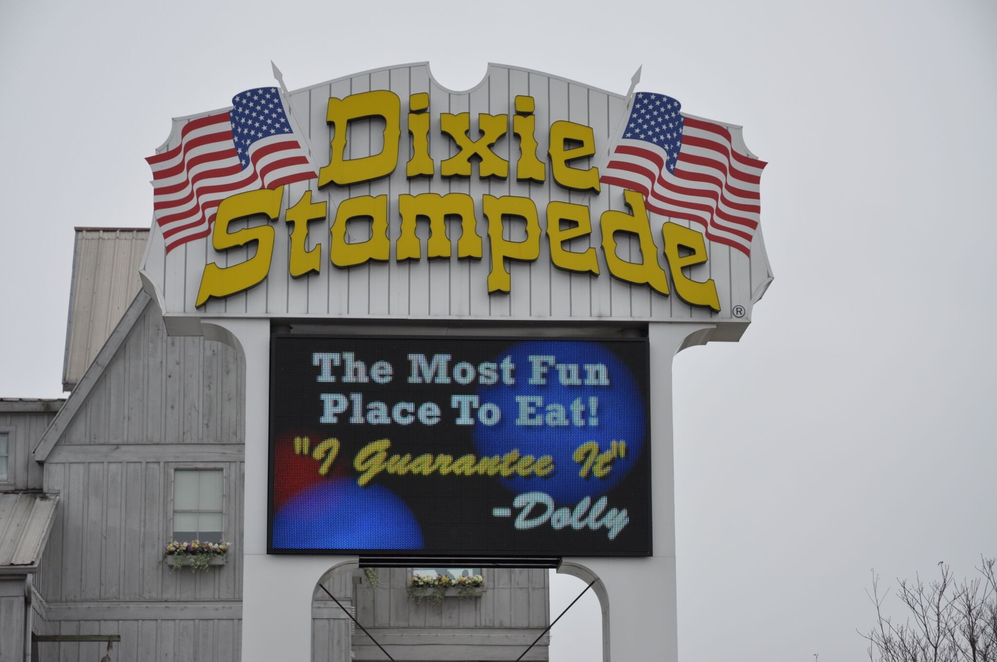 Dixie Stampede Coupons & Tips For Visiting The Pigeon Forge Dinner Show - Free Printable Dollywood Coupons