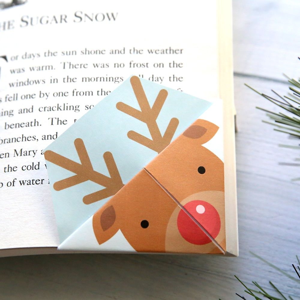 Printable Christmas Origami Bookmarks - It's Always Autumn - Free Printable Christmas Craft Templates